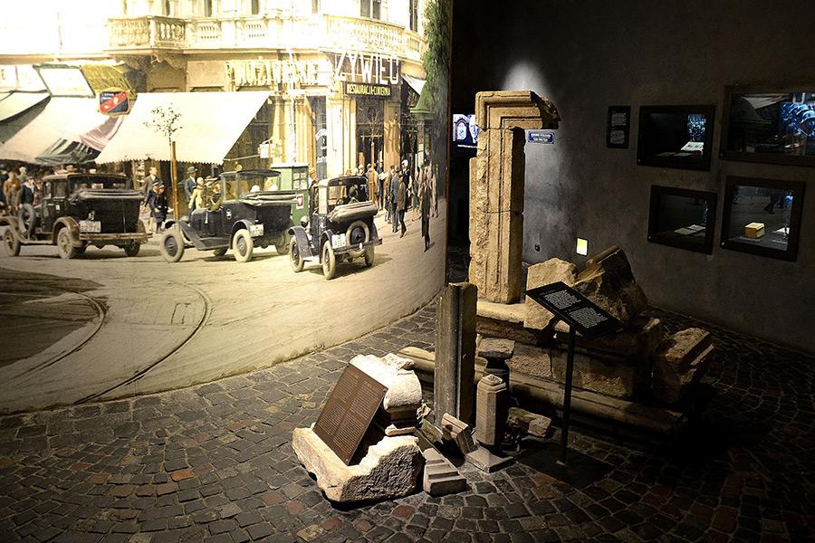 Visiting-Warsaw.Com_Warsaw Uprising Museum_3